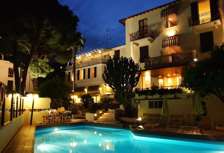 Hotel Coccodrillo, Varazze, Outdoor Pool