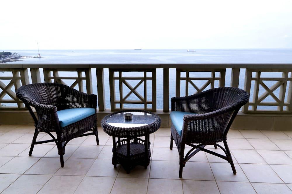 Honeymoon Suite, 1 King Bed, Balcony, Sea View - Balcony