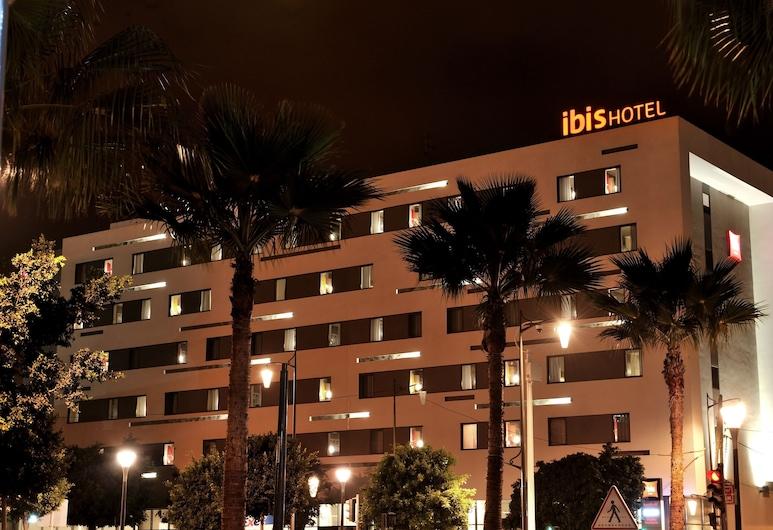 Ibis Casa-voyageurs, Casablanca, Průčelí hotelu