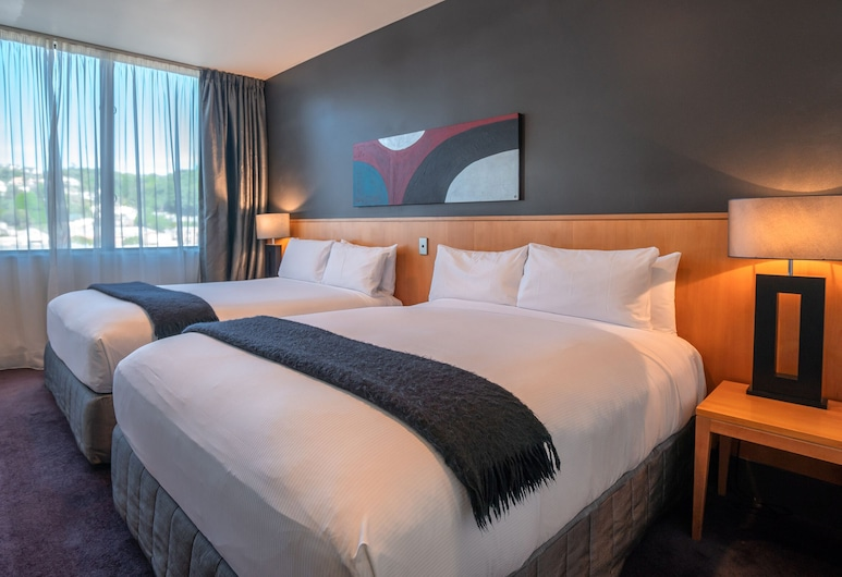 Scenic Hotel Southern Cross, Dunedin, Suite, 2 Queen Beds, Tower, Guest Room