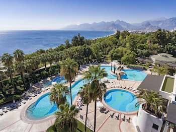 Enter your dates to get the Antalya hotel deal