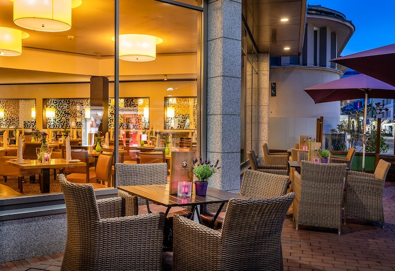 Insel Hotel, Bonn, Outdoor Dining