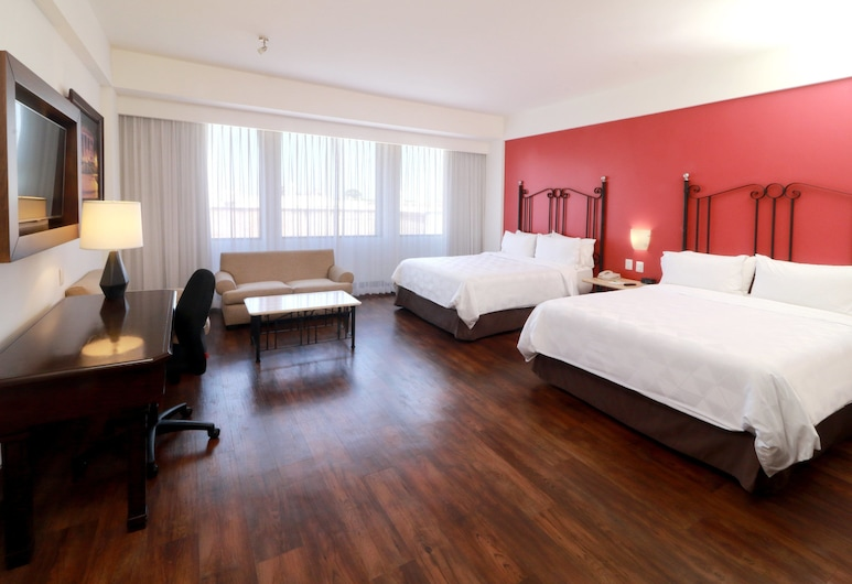 Holiday Inn Hotel & Suites Guadalajara-Centro Historico, Guadalajara, Suite, 2 Queen Beds, Non Smoking, View (JUAREZ AVE VIEW), Guest Room
