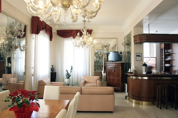Picture of c-hotels De Rose Palace in Florence