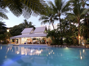 Picture of Novotel Cairns Oasis Resort in Cairns