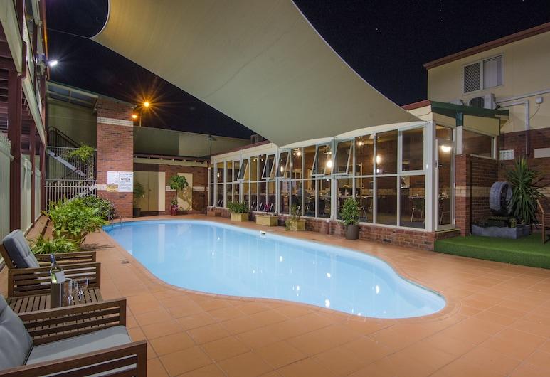 鐵路凱藝酒店, 卡爾古利, 室外泳池