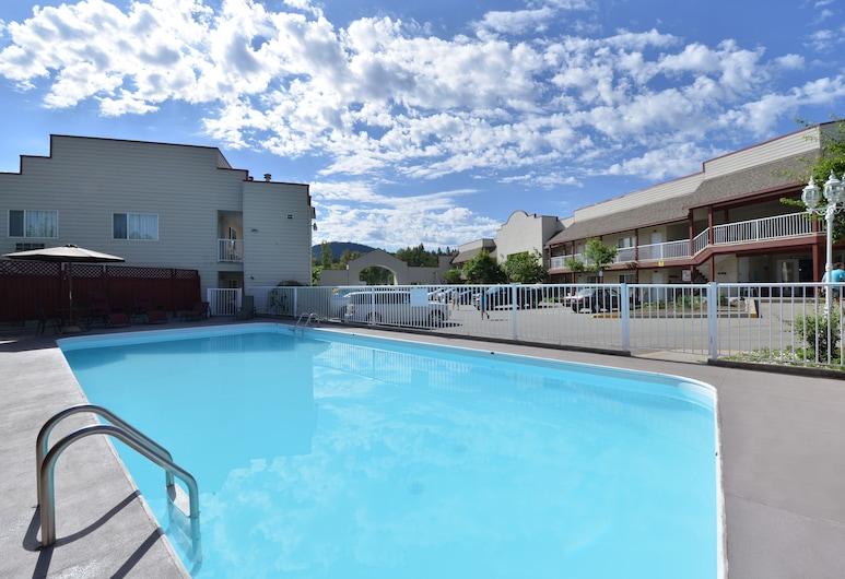 Canadas Best Value Inn & Suites Princeton, Princeton, Basen odkryty