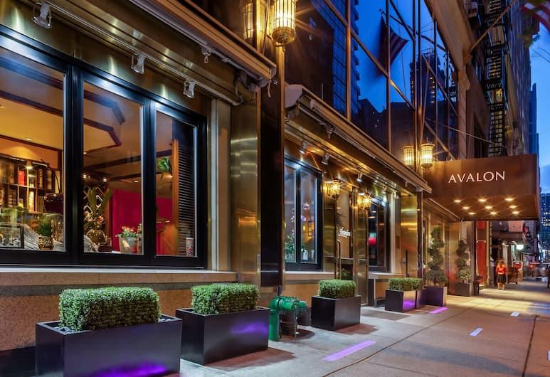 Avalon Hotel, New York, Exterior