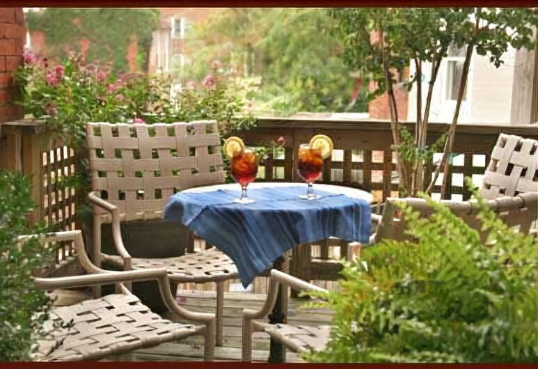 Swann House Historic Dupont Circle Inn, Washington, Luxe suite, 1 kingsize bed, open haard, Terras