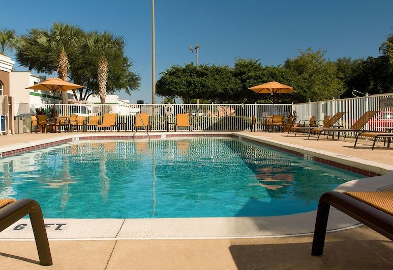 Fairfield Inn & Suites Orlando Lake Buena Vista, Orlando, Vanjski bazen