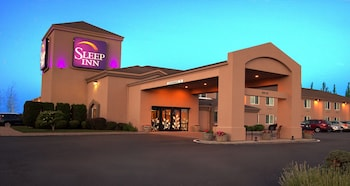 15 Closest Hotels to Hedges Cellars at Red Mountain in