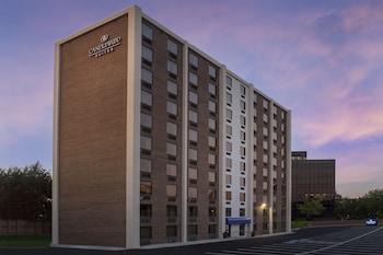 A(z) Candlewood Suites Alexandria West hotel fényképe itt: Alexandria
