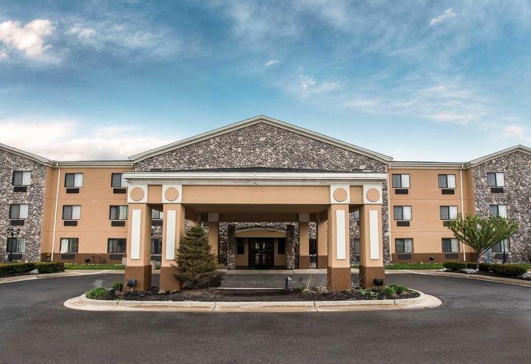 Econo Lodge Inn & Suites, Monroe