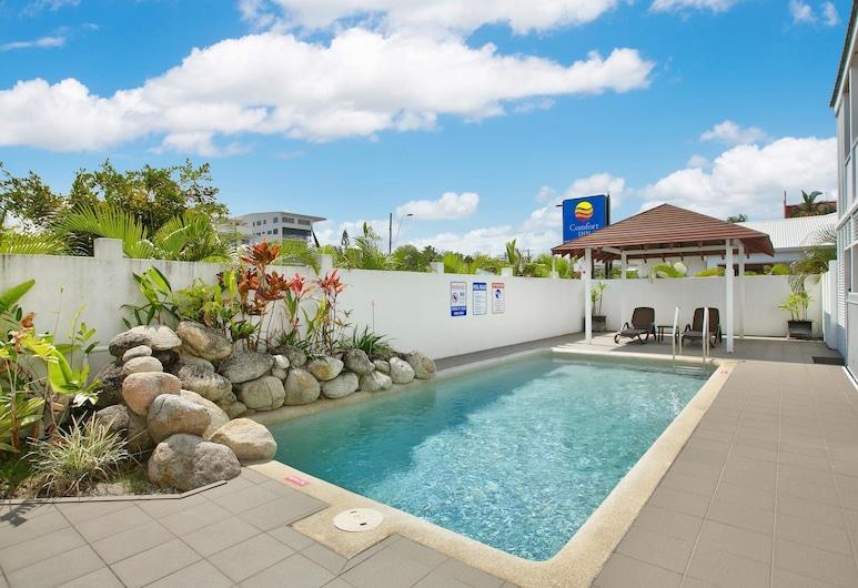 Comfort Inn Cairns City, קיירנס, בריכה