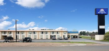 Picture of Americas Best Value Inn Marshall in Marshall