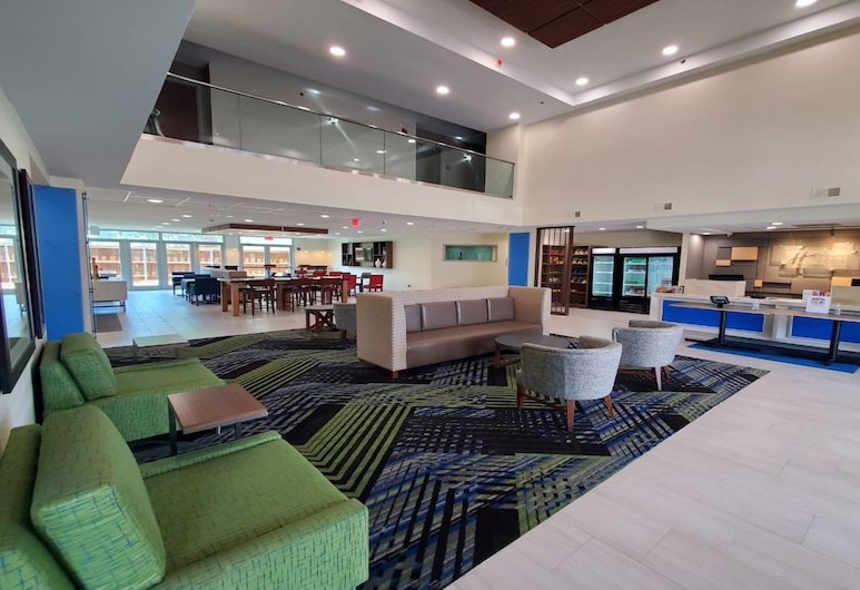 Holiday Inn Express And Suites Arlington North - Stadium Area, an IHG Hotel, Arlington, Lobby