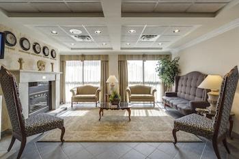 Oakville bölgesindeki Monte Carlo Inn Oakville Suites resmi