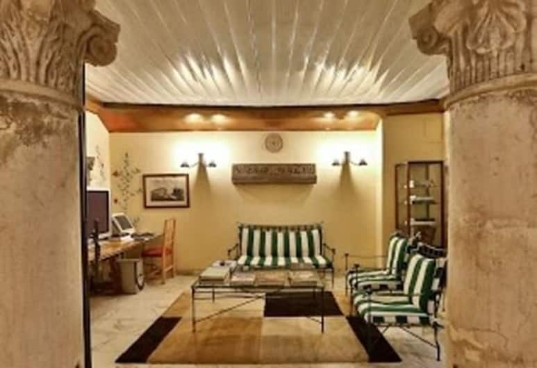 iH Hotels Firenze Select, Florenz, Sitzecke in der Lobby
