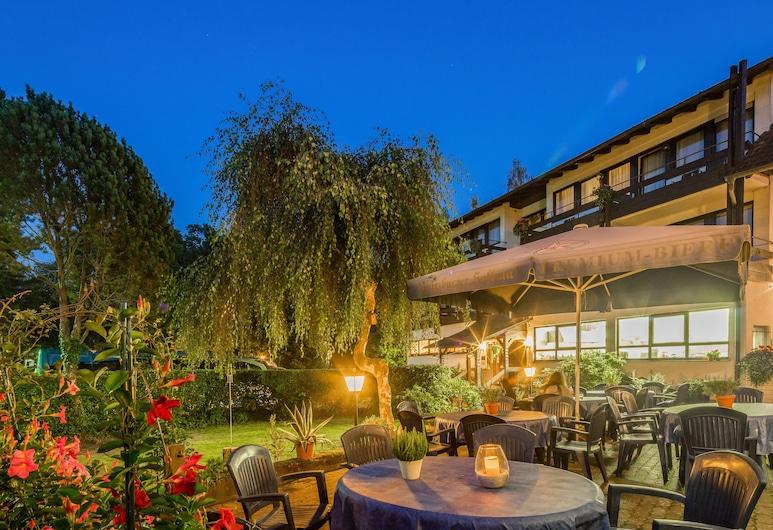AKZENT Hotel Frankenbrunnen, Wallduern, Outdoor Dining