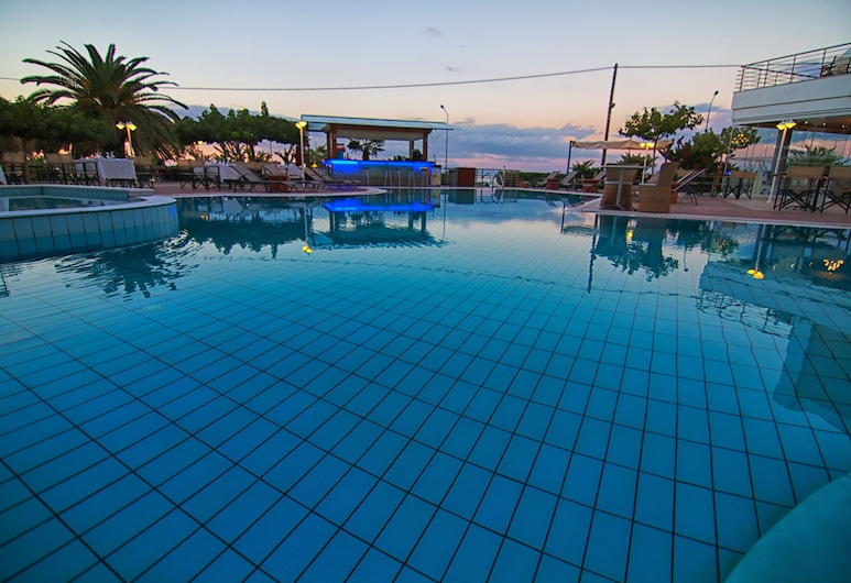 Heliotrope Hotels, Lesvos, Outdoor Pool