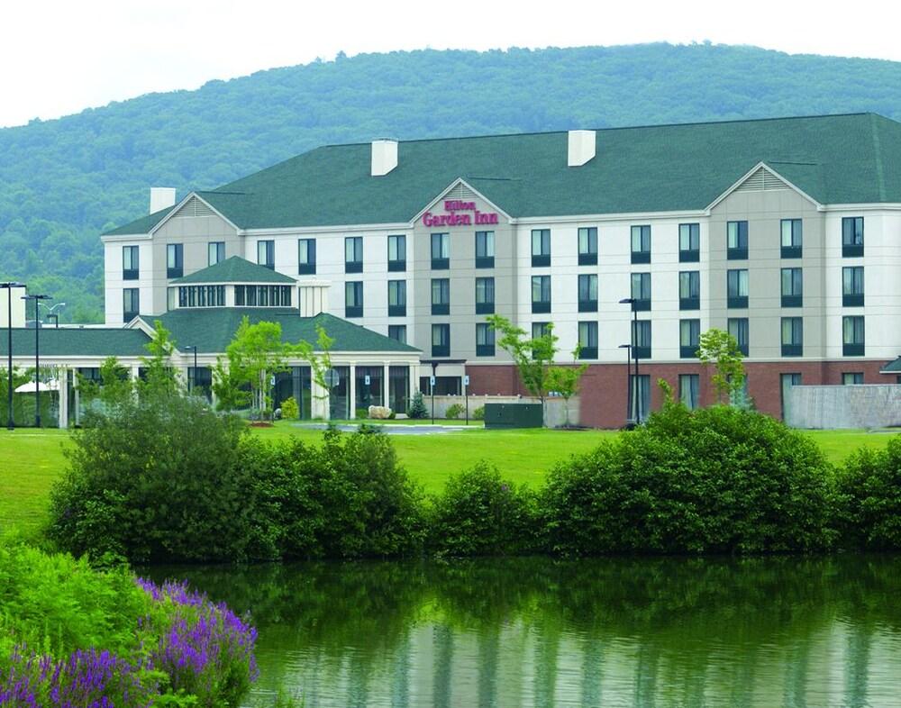 Book Hilton Garden Inn Fishkill in Fishkill   Hotels.com