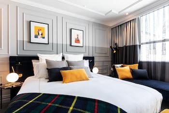 Picture of Wains Hotel Dunedin in Dunedin