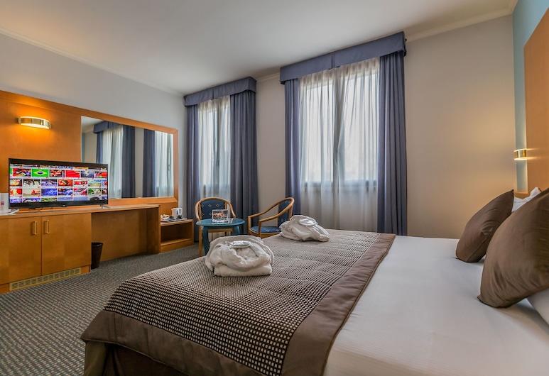 โรงแรมอูนาเวย์ อ็อกคิโอเบลโล, Occhiobello, ห้องจูเนียร์สวีท, เตียงคิงไซส์ 1 เตียง, ห้องพัก
