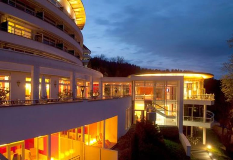 SCHWARZWALD PANORAMA, Bad Herrenalb, Hotel Front – Evening/Night