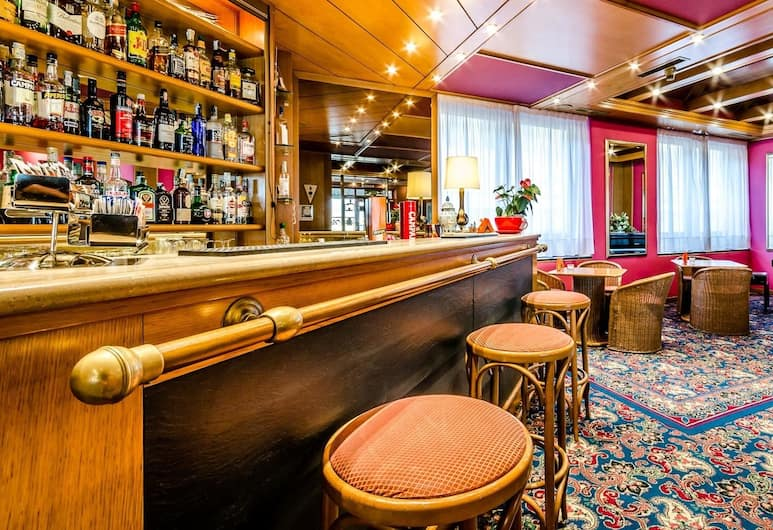 Columbus Sea Hotel, Genova, Hotellin baari