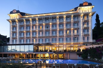 Enter your dates to get the Rapallo hotel deal
