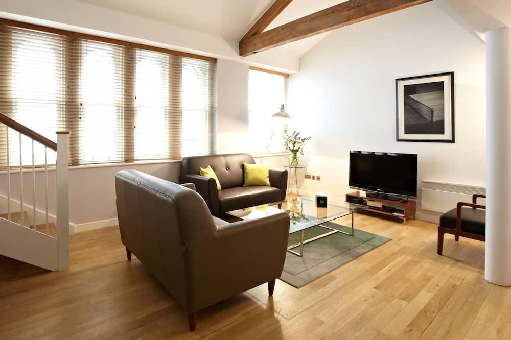 Standard Studio - Living Area