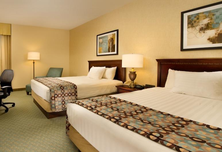 Drury Inn & Suites Jackson - Ridgeland, Ridgeland, Habitación Deluxe, 2 camas Queen size, refrigerador y microondas (Upper Floor), Habitación