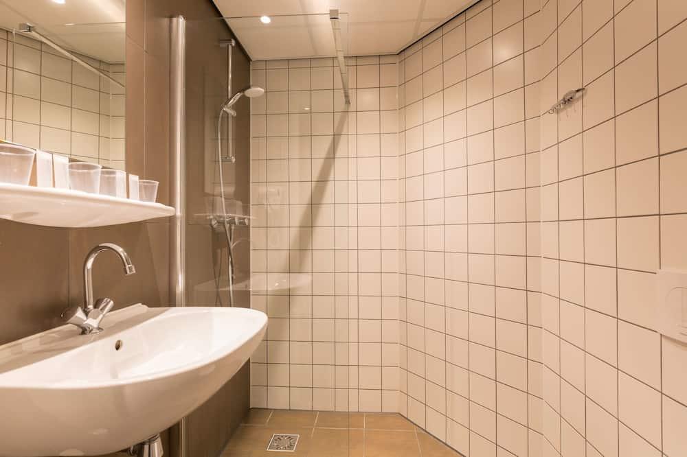Habitación Confort, 3 camas individuales, para no fumadores - Baño