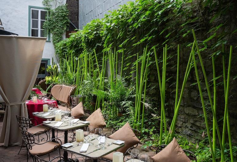 Hotel Le Priori, Quebec, Outdoor Dining