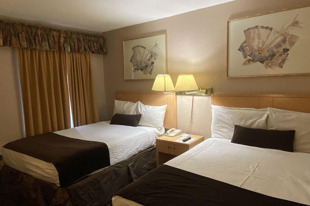 Dobbeltværelse - 2 dobbeltsenge - Værelse