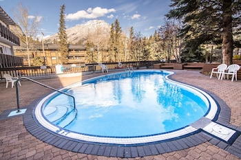 Picture of Banff Voyager Inn in Banff