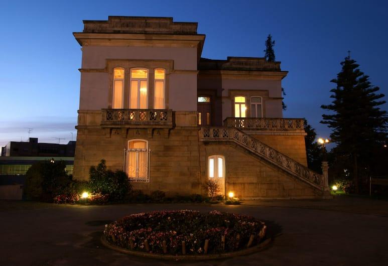 Villa Garden Braga, Braga, Hotel Front – Evening/Night