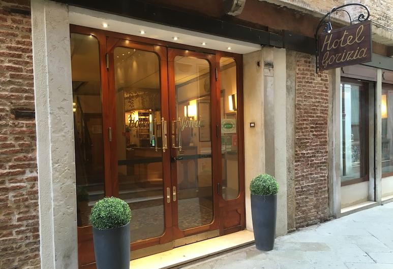 ホテル ゴリーツィア ア ラ ヴァリージャ, ベネチア, ホテルのフロント
