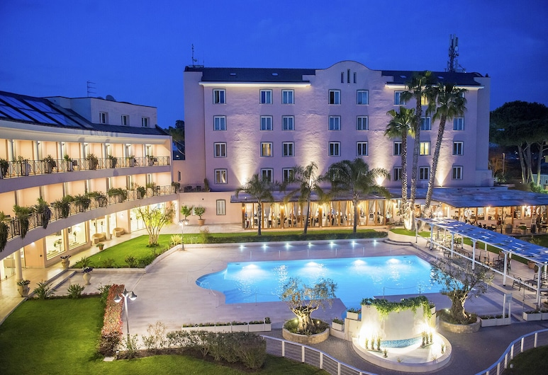 Hotel Isola Sacra Rome Airport, Fiumicino, Tetőteraszi medence