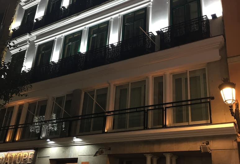 11Th Principe by Splendom Suites, Madrid, Front of property - evening