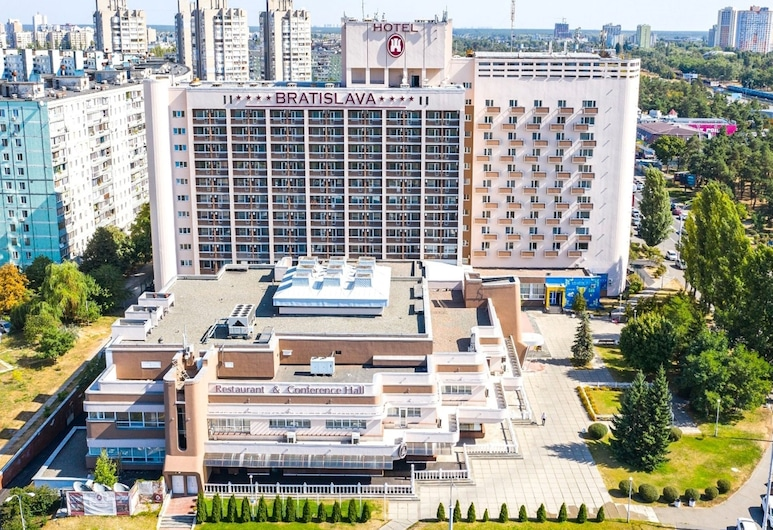 Hotel Bratislava, Kyiv