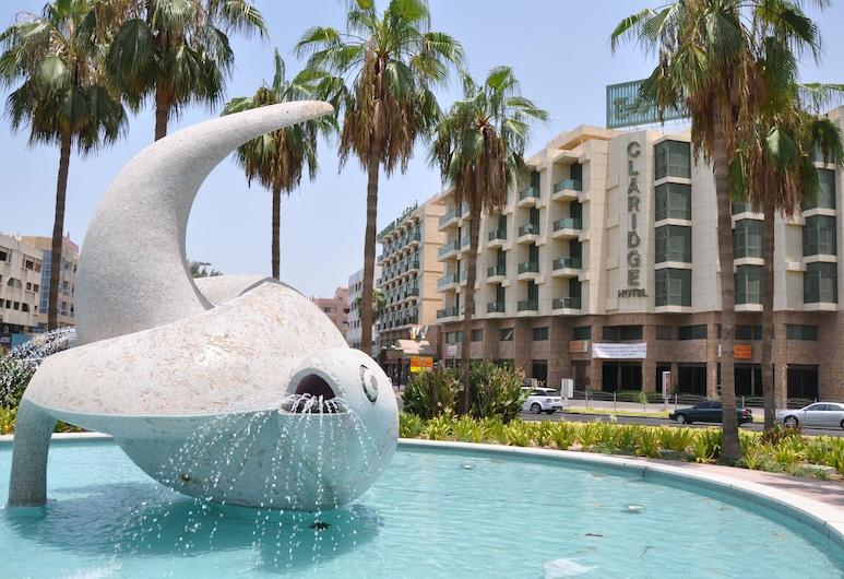 Claridge Hotel, Dubaj, Fontána