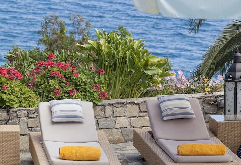 愛琴海套房酒店, 斯基亞索斯, 日光浴平台
