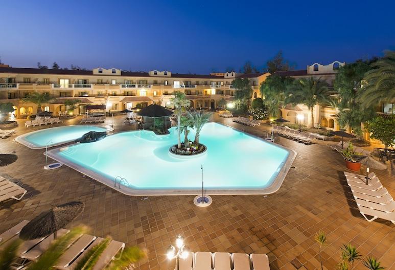 Elba Lucía Sport & Suite Hotel, Antigua, Outdoor Pool