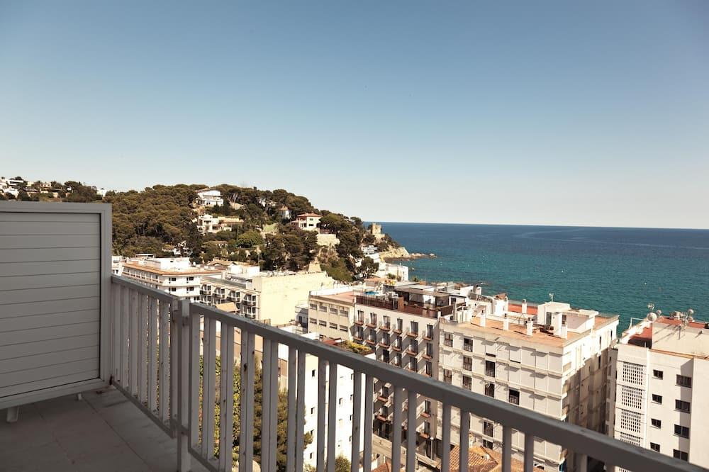 Szoba kétszemélyes vagy két külön ággyal, kilátással a tengerre - Kilátás az erkélyről