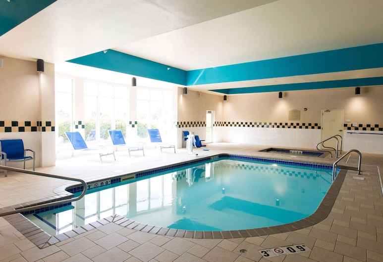 Hilton Garden Inn- Grand Forks/UND, Grand Forks, Pool