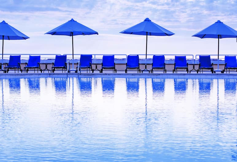 Movenpick Hotel Beirut, Beirut, Pool