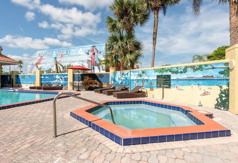 Clarion Inn & Suites Kissimmee-Lake Buena Vista South, Kissimmee, Bassein