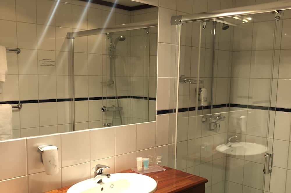 Business-værelse med 2 enkeltsenge (included light evening meal) - Badeværelse