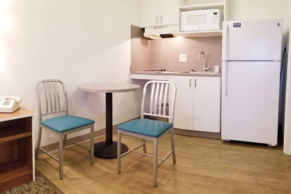 Standardní pokoj, dvojlůžko (180 cm) - Stravování na pokoji